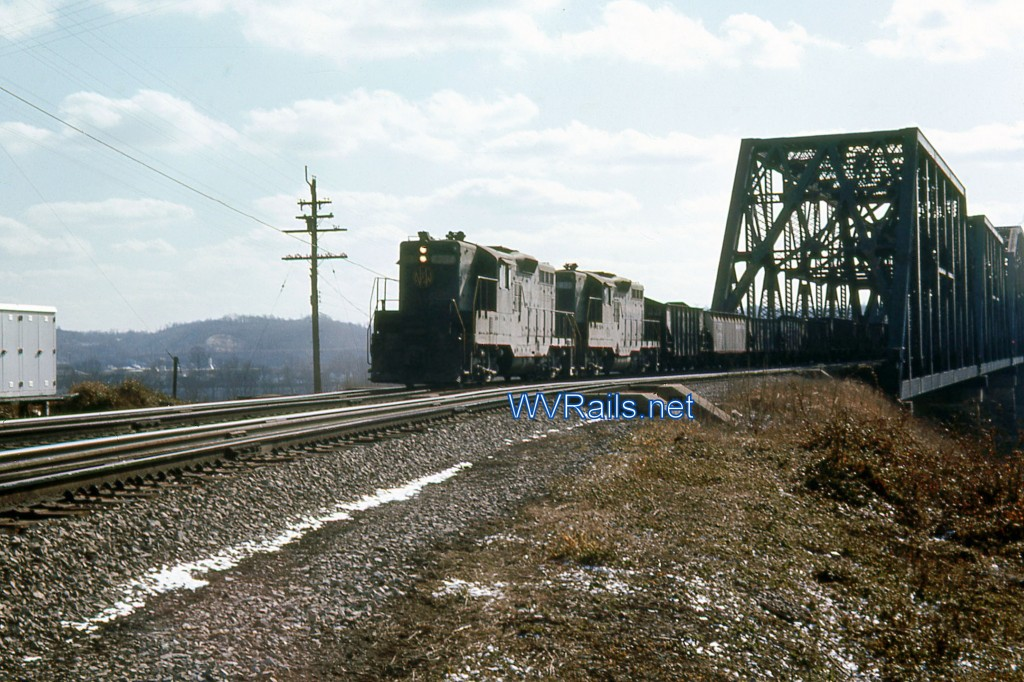 Kenova011 GP9 Mar 1968 Reduced Watermarked
