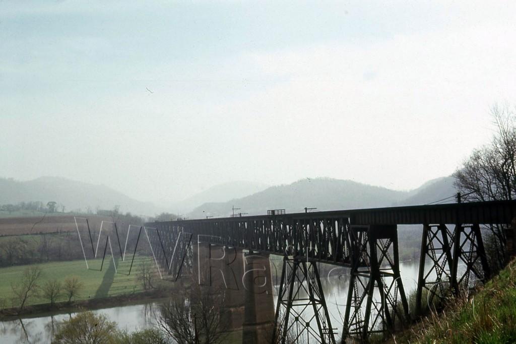 N&W ex VGN New River Bridge Glen Lyn, VA  Apr 1968 (1)