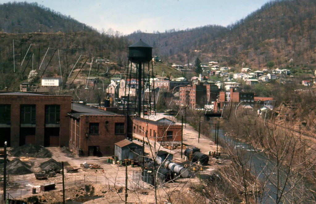 N&W Mullens, WV Motor Barn and Town APR 1968